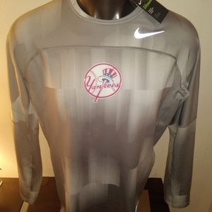 Nike Pro Hyper Warm Yankees Long Sleeve T Shirt
